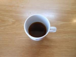 Il terzo caffé. Una brodaglia che ricorda solo nel colore il caffé vero e proprio