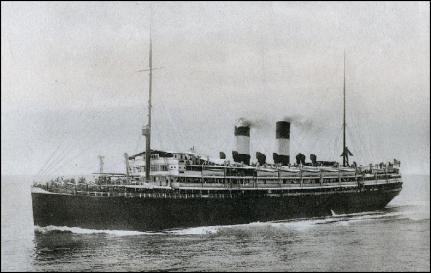 """Il piroscafo """"Principe Umberto"""" in navigazione"""